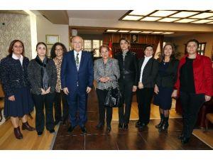 Yenimahalle Kadın Kollarından, Başkan Yaşar'a Ziyaret