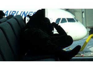 Havalimanında uçuşlar normale dönüyor