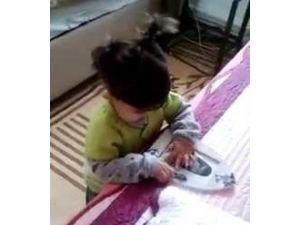 Yozgat'ta 1,5 Yaşındaki Şehit Çocuğu Baba Özlemini Fotoğraflarla Gidermeye Çalışıyor