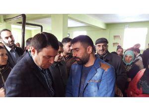 Vali Işın: PKK Kürtleri yanlış tanıtıyor