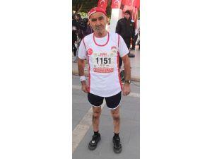 82 Yaşında Maratona Katıldı