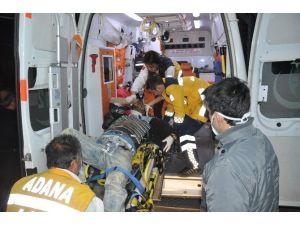Kozan'da Trafik Kazası: 2 Ağır Yaralı