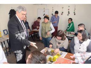 Susam'dan Engelli Öğrencilere Yeni Yıl Ziyareti