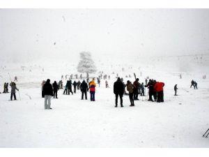Uludağ'da Hafta Sonu Yoğunluğu