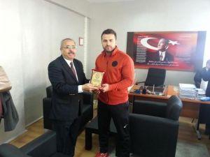 Turgutlulu Öğretmen Balkan Şampiyonu Oldu