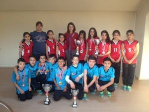 Soma Turgutalp Ortaokulu'nun Kros Başarısı