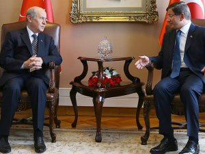 Başbakan Davutoğlu MHP lideri Bahçeli'yi ziyaret edecek