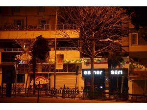 Bursa'da Gece Boyunca Lodos Hakimdi