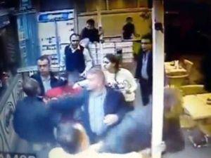 Garsona Uçan Tekmeli Ve Sopalı Saldırı