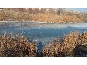 Kızılırmak Nehri Dondu