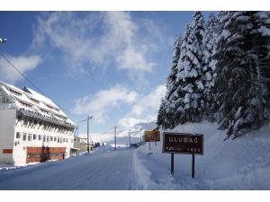 Uludağ'da kar kalınlığı 85 santimetre