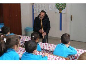 Ko-mek, Mevlana'yı Çocuklara Anlattı