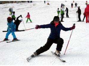 Uludağ'da Kar Kalınlığı Yükseliyor