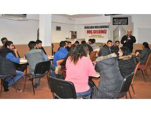 Fatih Camii mülteciler için Almanca kursu başlattı