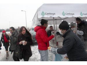 Çankaya Belediyesi'nden öğrencilere çorba ve kahvaltı ikramı