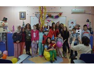 ESOGÜ Hastanesi'nde Çocuklara Özel Yeni Yıl Kutlaması