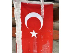 Edirne'de kar etkisini sürdürüyor