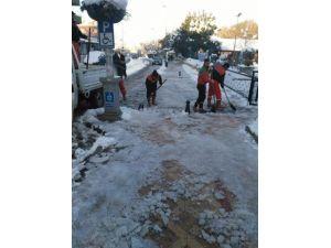 Körfez Belediyesi Karla Mücadelede Tam Not Aldı