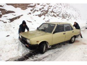 Denizli'de Kar Yağışı Ulaşımı Olumsuz Etkiledi