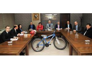 Öğretmenlerin Bisikletleri Tamam