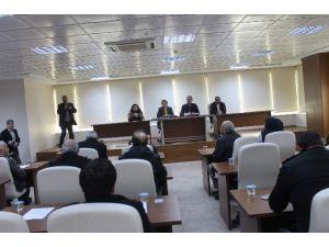 Belediye Meclisi'nde 'Kar' Tartışması Yaşandı