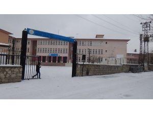 Ergani'de Okullar Tatil Edildi
