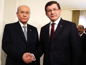Başbakan Davutoğlu ile MHP Genel Başkanı Bahçeli bir araya geldi