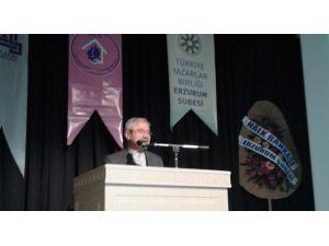 """D. Mehmet Doğan """"Ahlâk Adamı Akif"""" Konferansında Konuştu"""