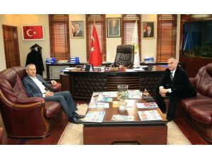 Başkan Yılmazer Adapazarı Belediye Başkanı Süleyman Dişli'yi Misafir Etti