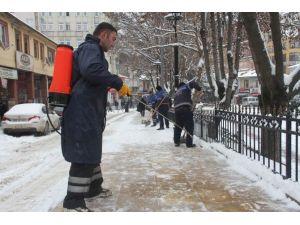 Kastamonu Belediyesi, Karla Mücadelesini Sürdürüyor
