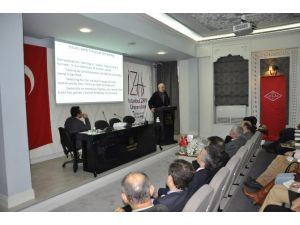 Dünyada Ve Türkiye'de Helal Gıda Olgusu Konulu Konferans Düzenlendi