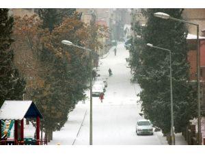 Gaziantep'te Kar Sonrası Kartpostallık Görüntüler Oluştu