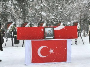 Şehit Jandarma Uzman Çavuş Özdemir için tören düzenlendi