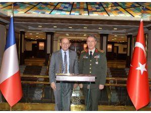 Fransa Savunma Bakanı Drıan, Genelkurmay Başkanı Orgeneral Akar'ı Ziyaret Etti