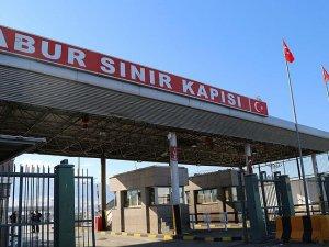 Habur Sınır Kapısı'ndan Irak'a araç geçişleri başladı