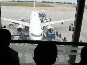 Pegasus ile Onur Air Rusya uçuşlarını durdurdu