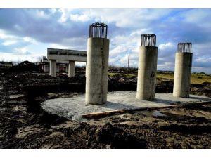 Hacılıçay Köprüsü Mahalleleri Kavuşturacak