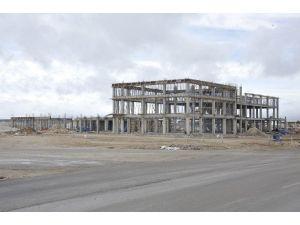Karaman'da Fuar Ve Kongre Merkezi Hızla Yükseliyor