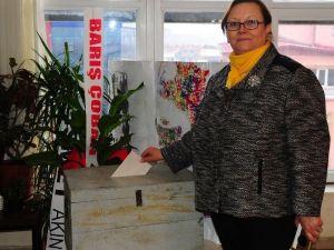 Uşak CHP'de İl Kadın Kolları Başkanı Seçildi