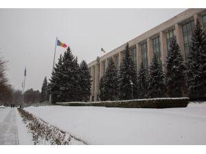 Moldova kar altında