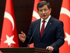 Başbakan Davutoğlu'na 9 yeni başdanışman