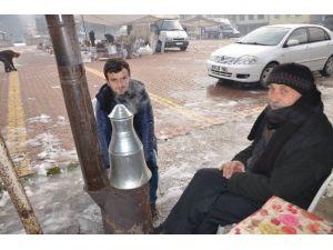 Hanönü'de Soğuk Hava Pazarı Vurdu