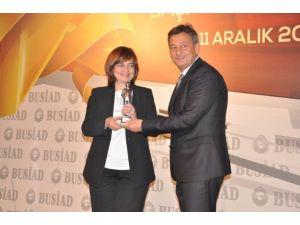 Busiad Meslek Ödülünü Prof. Dr. Neslihan Dostoğlu Aldı