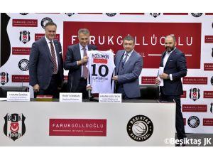 Faruk Güllüoğlu, Beşiktaş Kadın Basketbol Takımı'nın forma sponsoru oldu