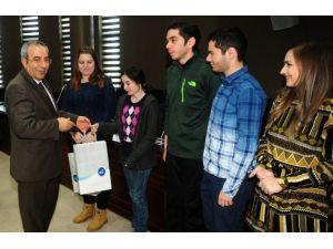 Romanyalı Öğrenciler Rektör Battal'ı Ziyaret Etti