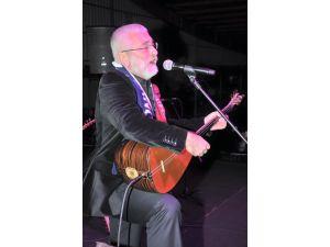 Düşman işgalinden kurtuluş Çukurova'da Onur Akın konseriyle kutlandı