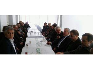 Vali Kamçı'dan, Başkan Kazgan'a Taziye Ziyareti