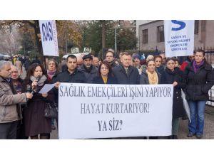 Sağlık Bakanlığı önünde 'sağlıkçılara saldırı' protestosu