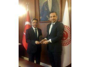 2015 Yılında Siyasette Ahmet Aydın Farkı