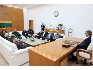 Başkan Toçoğlu, Hendek Muhtarlar Derneği Başkanı Ve Heyetini Makamında Ağırladı